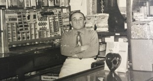 Pete Amato at Amato's restaurant, 407 Ferry St., Martinez, circa 1940. (MARY GOODWIN COLLECTION / Courtesy)