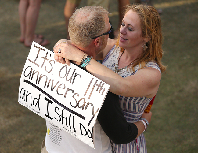 © DANIEL GLUSKOTER Lumineers fans celebrate their love at BottleRock.