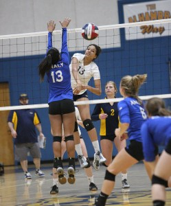 Alhambra sophomore Sterling Parker had 15 kills in the Bulldogs' 3-0 win over Analy-Sebastapol in the program's first ever NCS win on Nov. 1, 2016. (MARK FIERNER / Martinez Tribune)