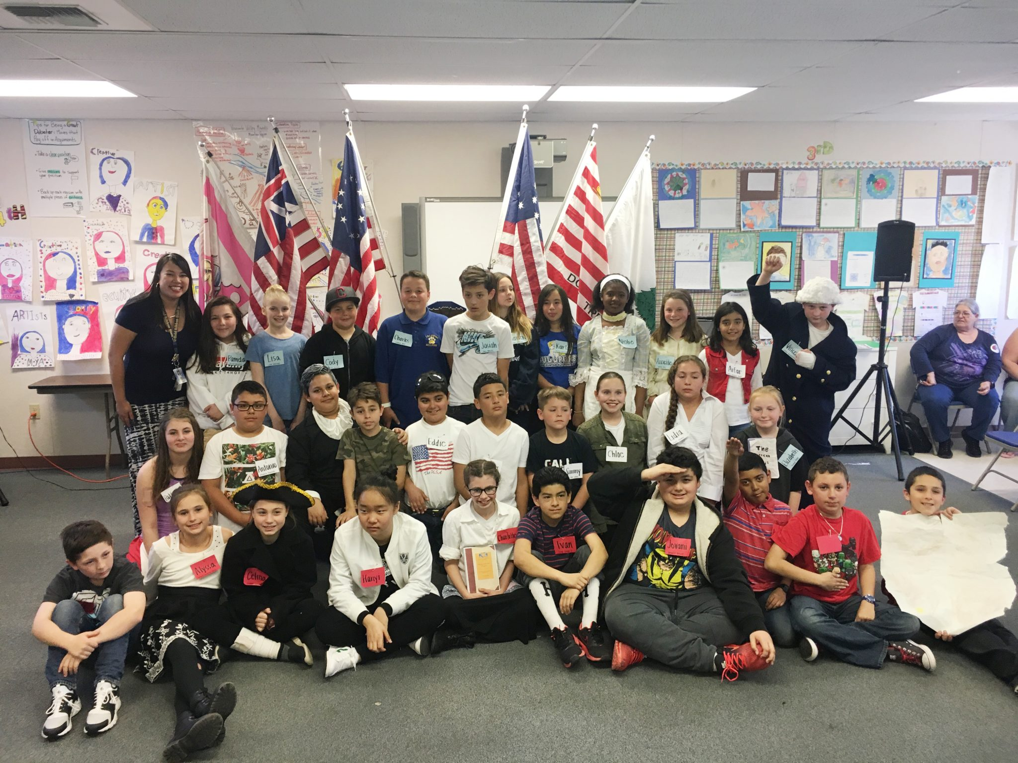 "Mrs. Lutz' 5th grade class at Las Juntas Elementary after participating in the ""Walk Through the American Revolution"" program March 28, 2017. Students also include those from Las Juntas' sister school in Benxi, China. (MARTINEZ TRIBUNE / On File)"