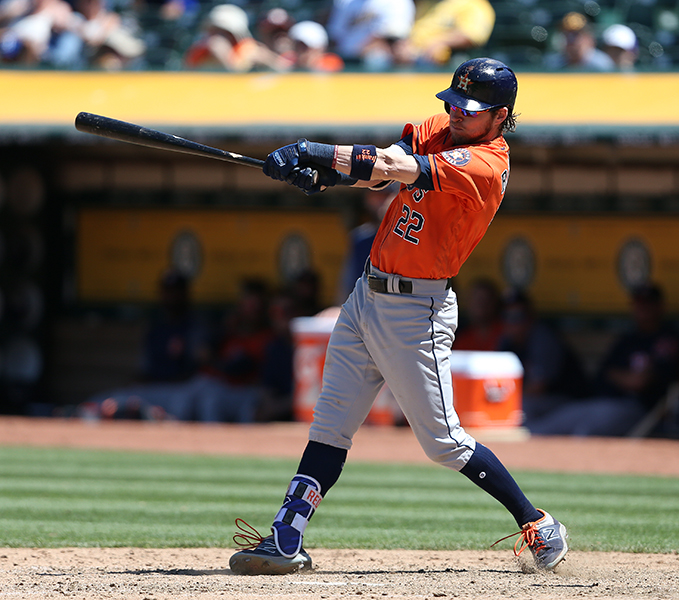 Astros complete sweep of Athletics