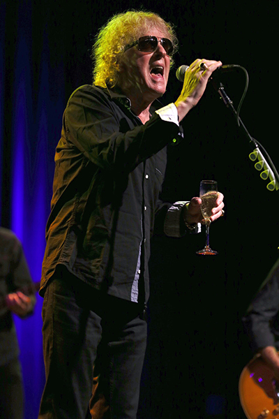 ©DANIEL GLUSKOTER Ian Hunter toasts the crowd while performing last night at The Fillmore in San Francisco.