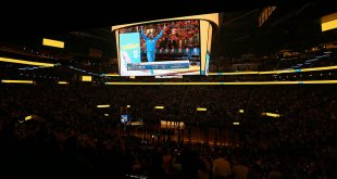 Clippers give Warriors Reality Check on Opening Night at Chase