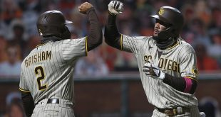 Giants blow shot to solidify playoff spot in walk-off loss to Pads