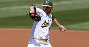 A's shutout Detroit 7-0 to extend winning streak to seven games